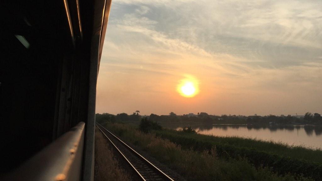 bangkok-cambodia-train2