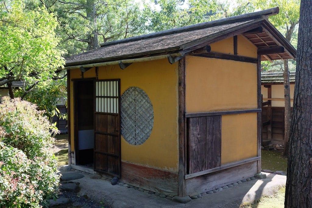 Cha-shitsu Rinkaku Teahouse