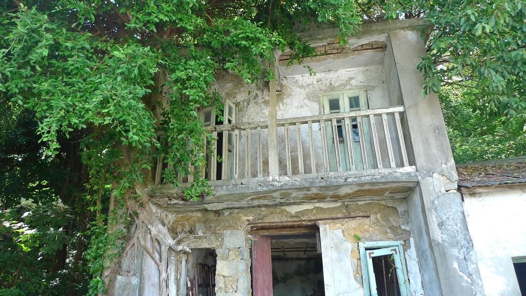 Lamma Island Abandoned School