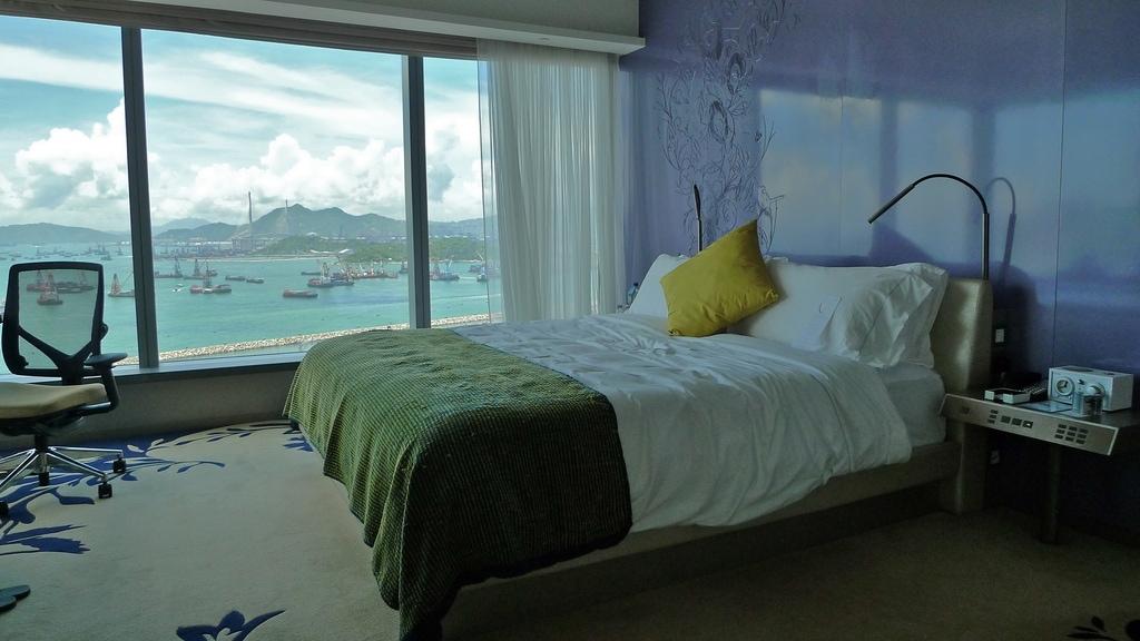 W Suite Bed