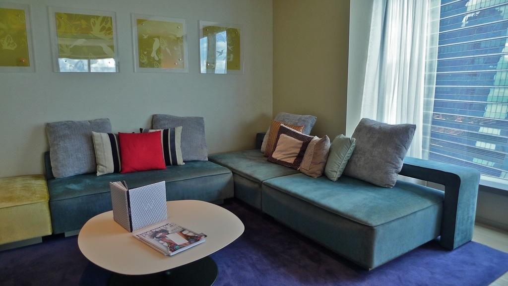 W Marvellous Suite Lounge