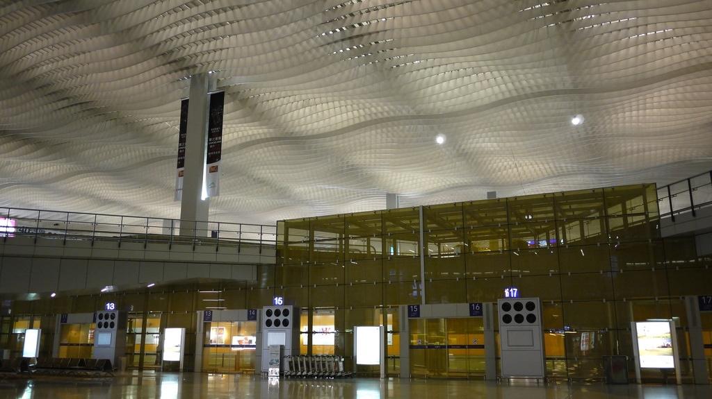 HKIA Terminal 2