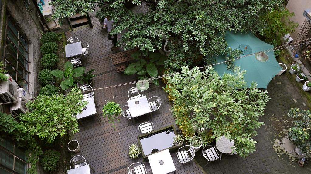 Loft Hostel Courtyard