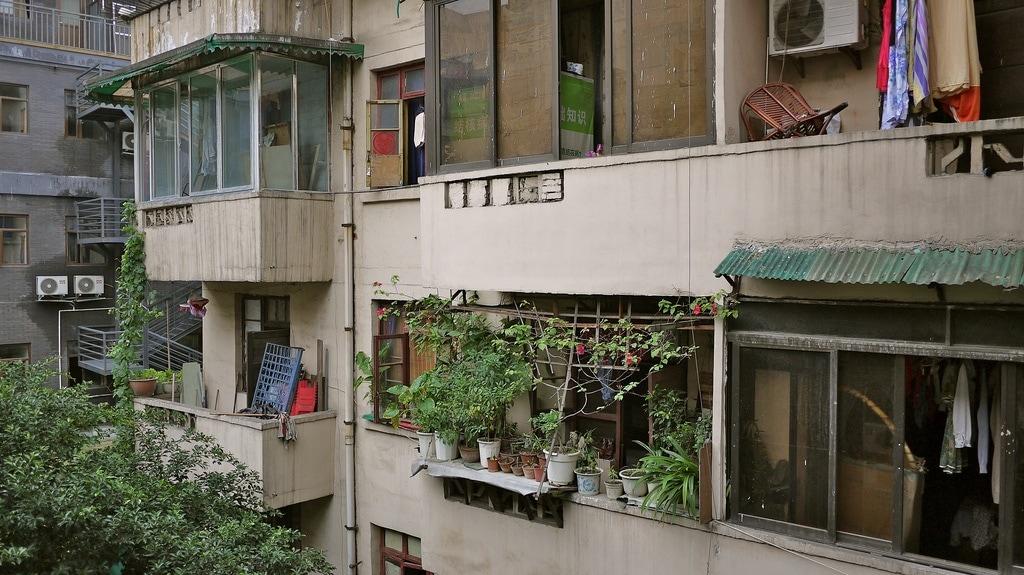 Building Surrounding Loft Hostel