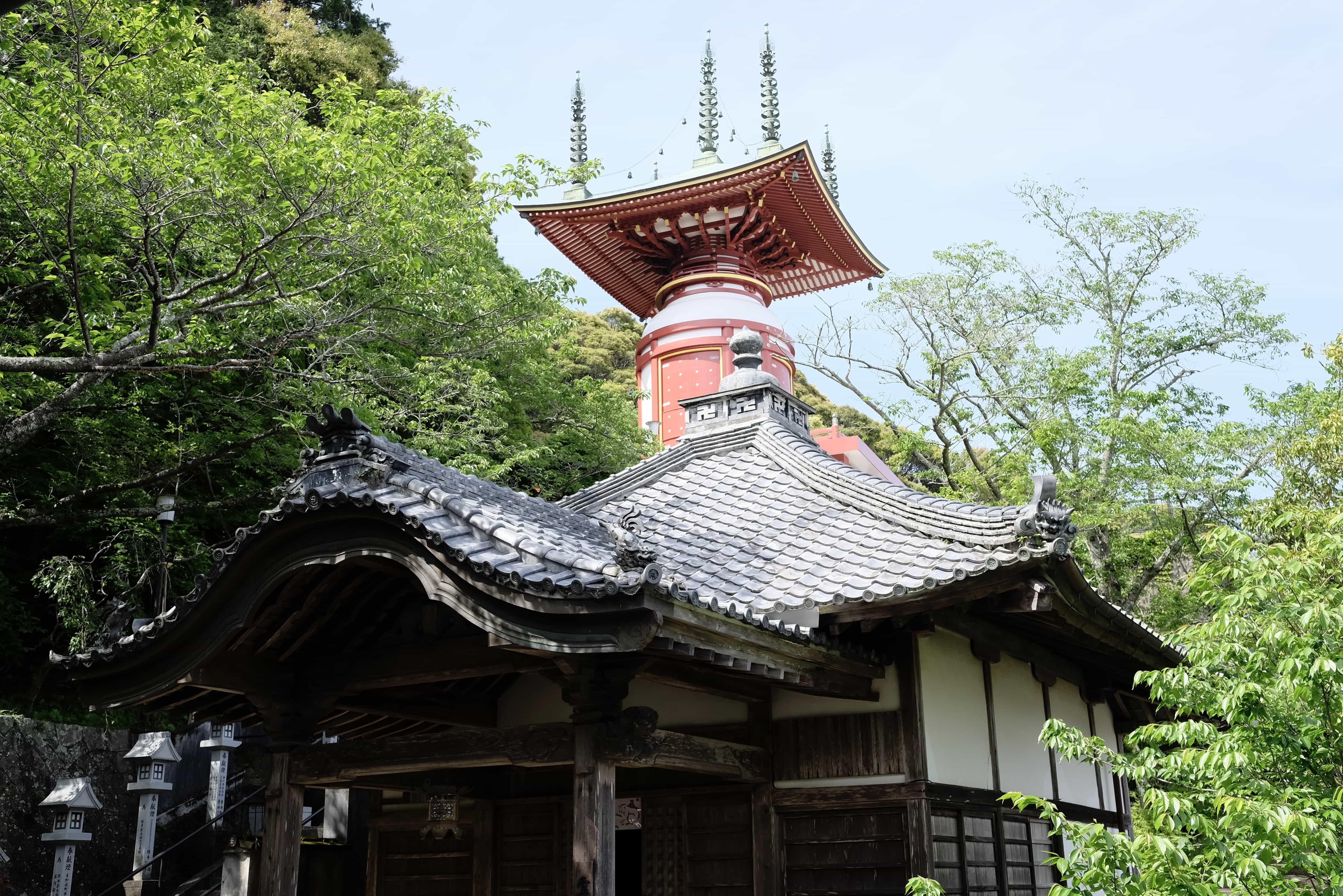 Yakuō-ji