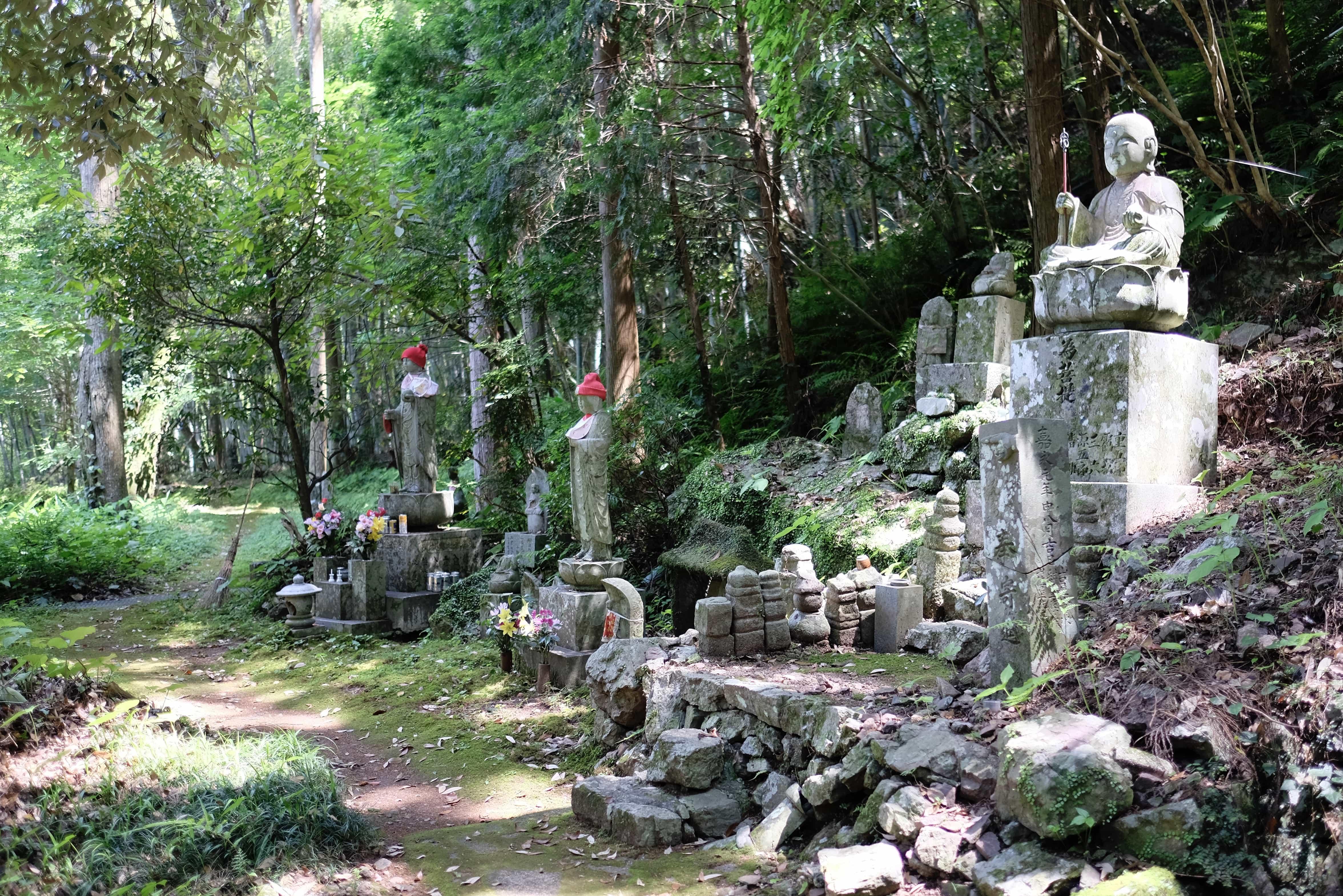 Shōryū-ji Statues