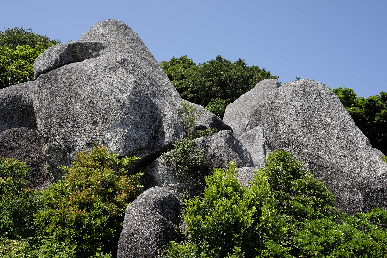 Tōjindaba Rocks