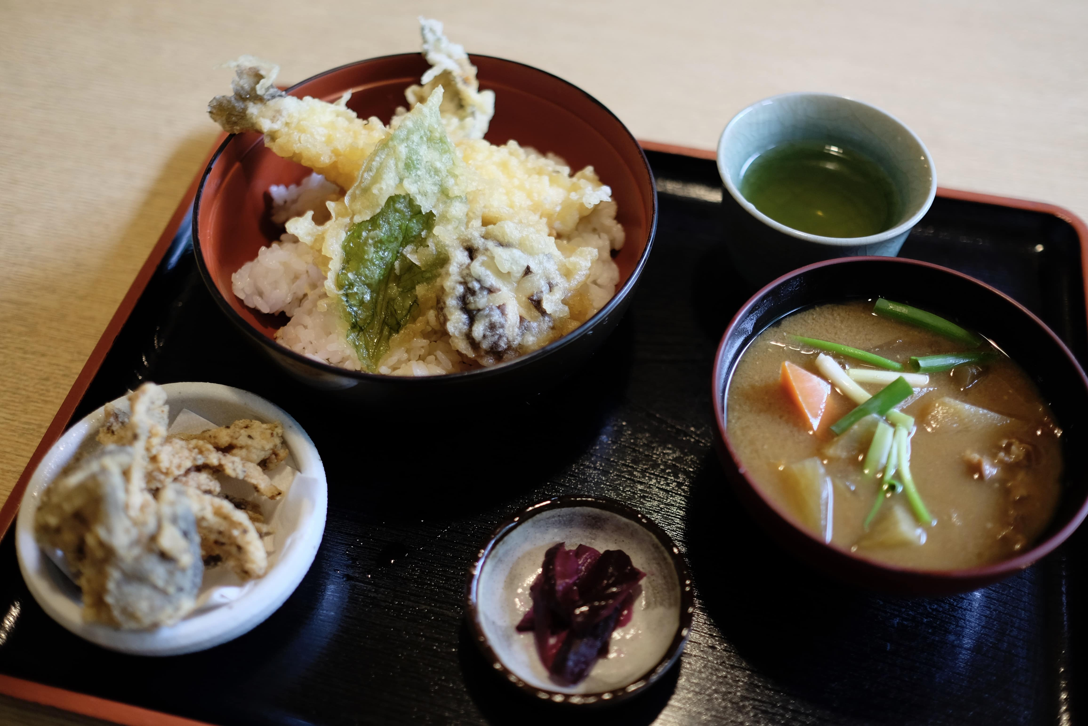 Lunch at Shikibidani Onsen (四季美谷温泉)