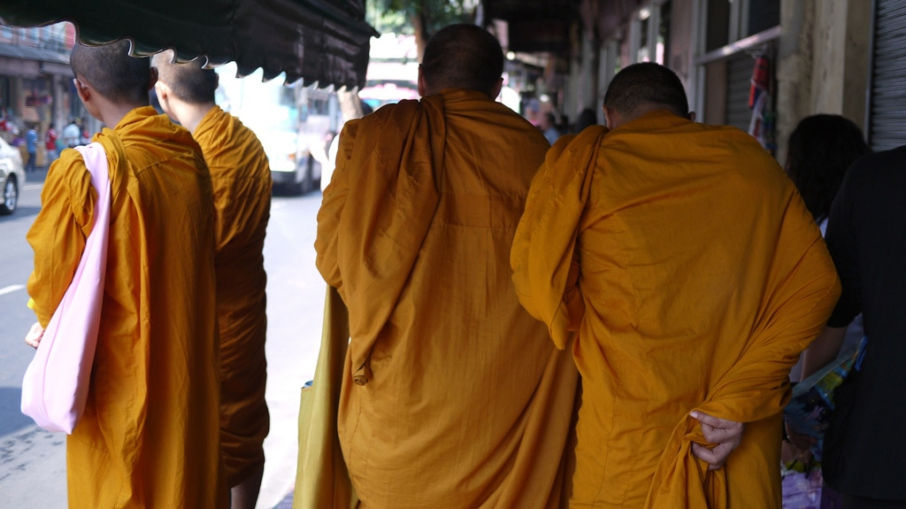 Monks about town in Bangkok Chinatown