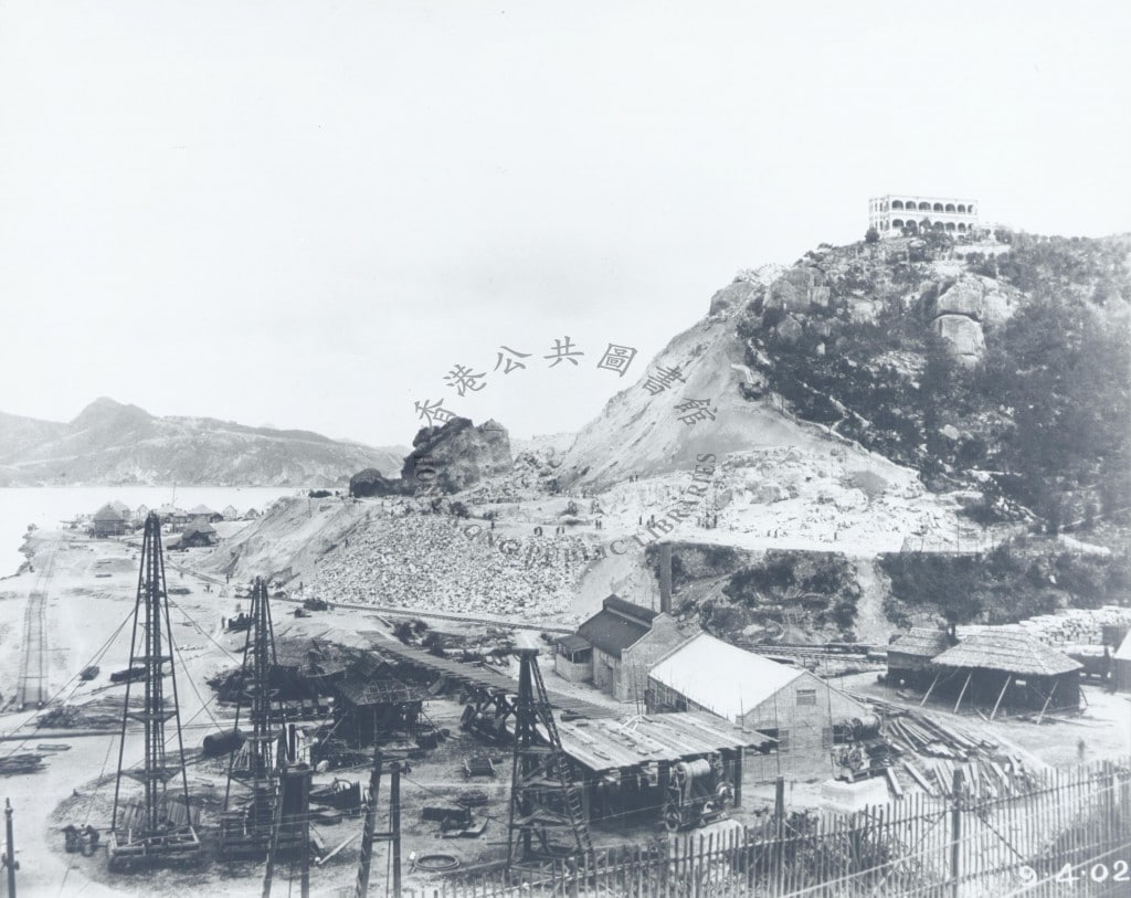 Taikoo Dockyard under construction in 1902